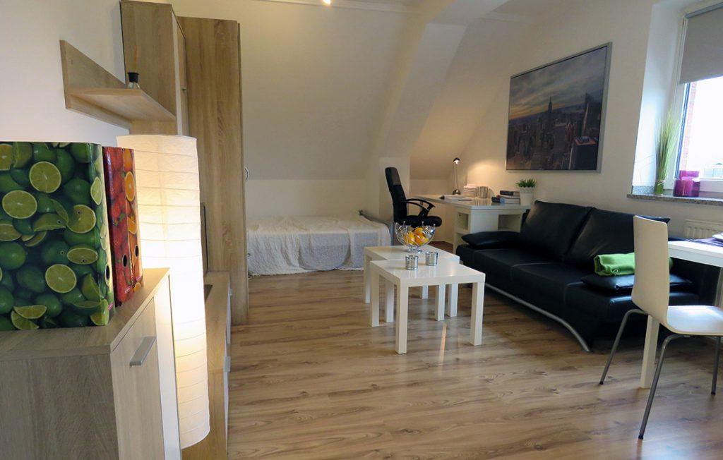 großzügiger Wohnraum | Superior Boarding Apartment myBoardinghouse Aachen Alsdorf